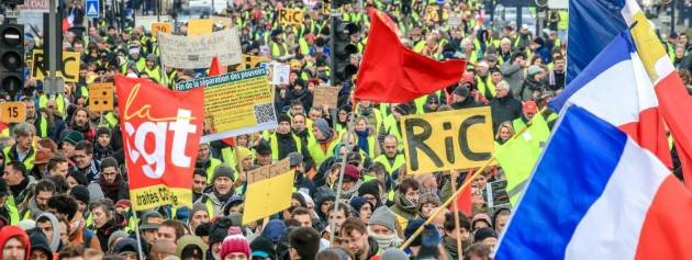Cgil  Sciopero generale La Francia si ferma contro la riforma delle pensioni