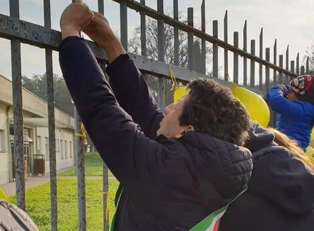 Con le mamme in prima fila Cremona unita  dice  NO al ridimensionamento UTIN (Video G.C.Storti)