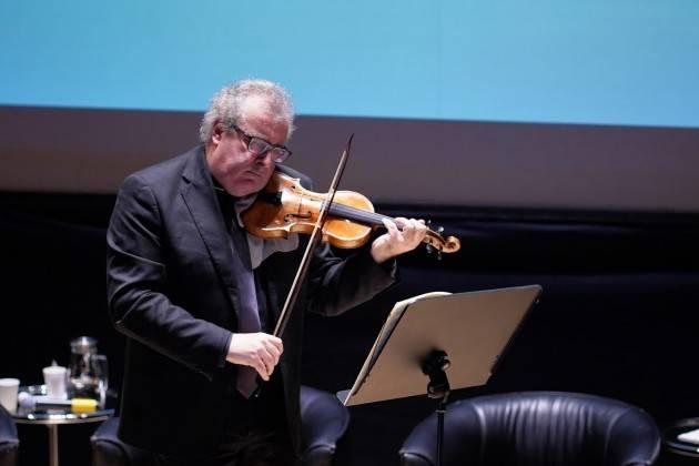 Cremona Fondazione Arvedi Buschini affida al MDV il violino Andrea Guarneri 1659