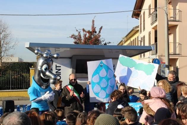 Gadesco Pieve Delmona, Padania Acque : inaugurata la casa dell'acqua Fonte Ardole. (Video G.C.Storti)
