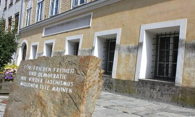 Austria, la lite infinita sulla casa di Hitler