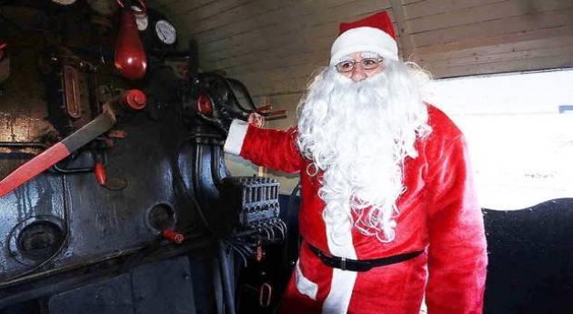 Trenord: Babbo Natale porta i treni ma il suo viaggio durerà quasi 10 anni  Dario Balotta