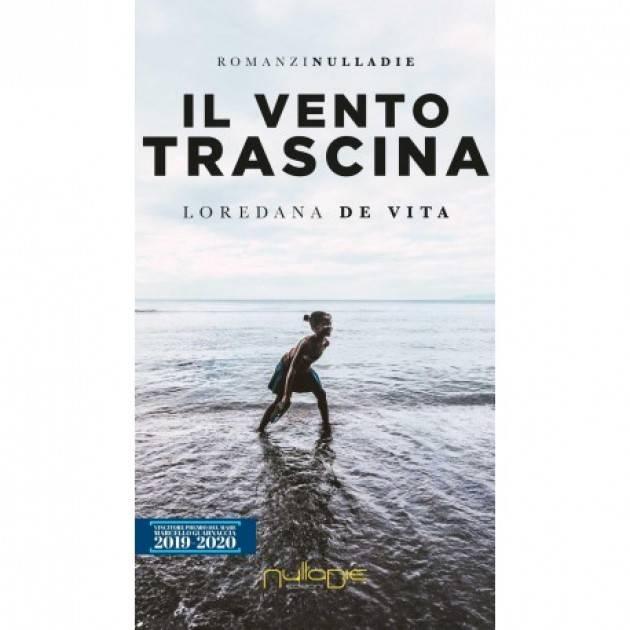 Loredana De Vita ha pubblicato  il romanzo che narra della tratta delle immigrate come schiave del sesso.