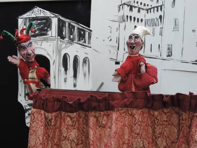 Al Teatro di Casalmaggiore   'Storie di nani e giganti' uno spettacolo di burattini a guanto il 6 gennaio