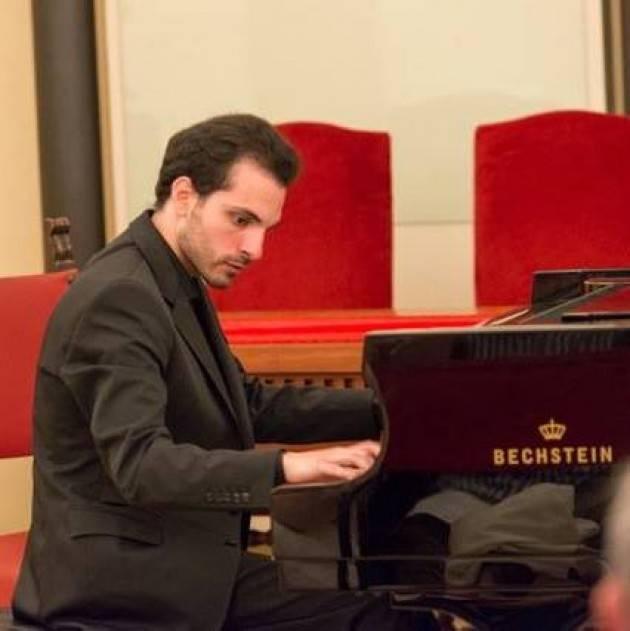 Cremona Riprende la rassegna Musica al Museo con il recital del pianista Umberto Barisciano