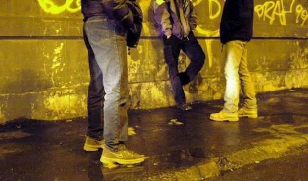 Milano: rapinavano coetanei, tre minori finiti in custodia cautelare in comunità
