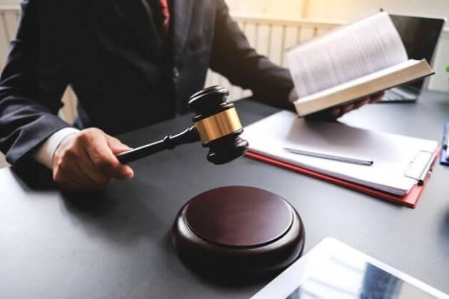 Il decreto ingiuntivo nelle aperture di credito, ecco come opporsi