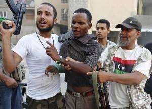 Pianeta Migranti. Migranti come carne da cannone, arruolati coi ricatti dalle milizie libiche
