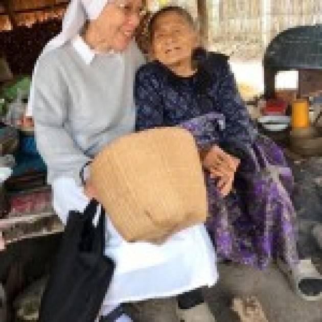 CHIARA, VOGHERESE IN MISSIONE IN THAILANDIA
