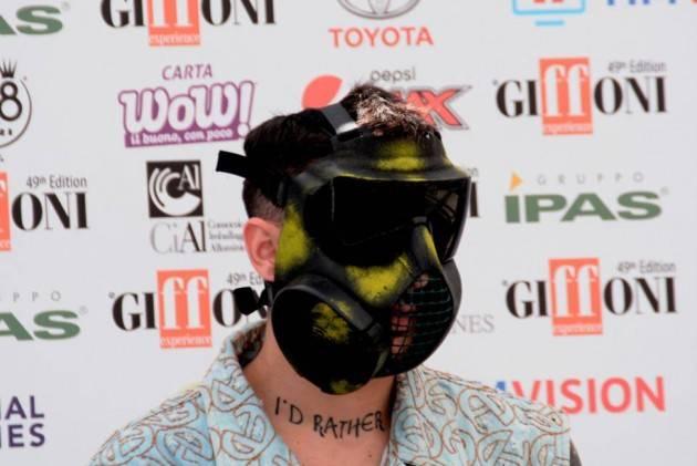 No alla partecipazione a Sanremo del rapper Junior Cally che ha canzoni che incitano violenza sulle donne  Benito Fiori (Cr)