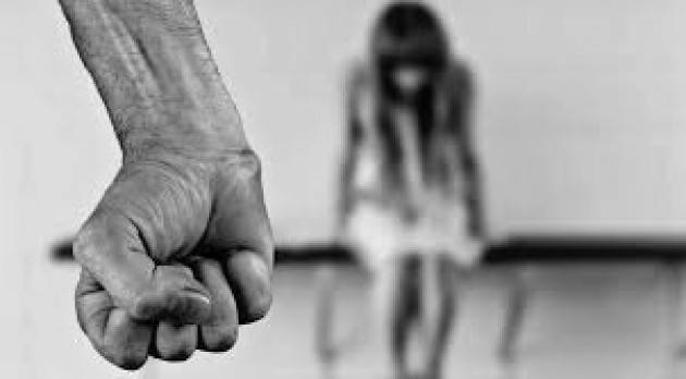 LA COMMISSIONE UE ESORTA GLI STATI MEMBRI A RATIFICARE LA CONVENZIONE CONTRO LA VIOLENZA E LE MOLESTIE NEL MONDO DEL LAVORO