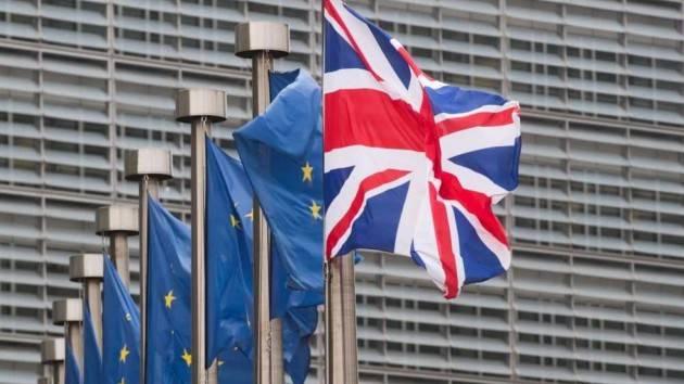 Brexit, un giorno all'ora X. Arriva anche l'ok del Parlamento europeo