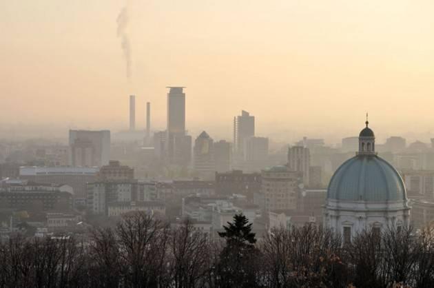 Smog, Cattaneo:da giovedì 6 febbraio revocate misure di 1°livello a Brescia