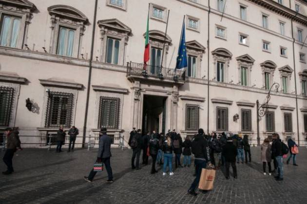 Cina all'Italia: ''No misure eccessive''. Palazzo Chigi replica: ''Continueremo a seguire linea di precauzione''