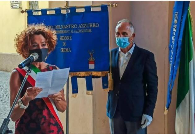 #LottaCroronaVirusCrema Stefania Bonaldi  La Costituzione  verrà consegnata a tutti i 18 enni  (2/06/20 ore 13)