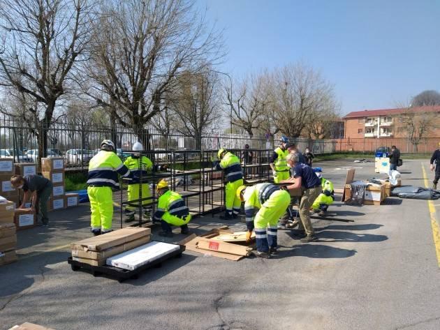 #LottaCororavirus  Stanno procedendo i lavori di montaggio dell'Ospedale da campo a Cremona