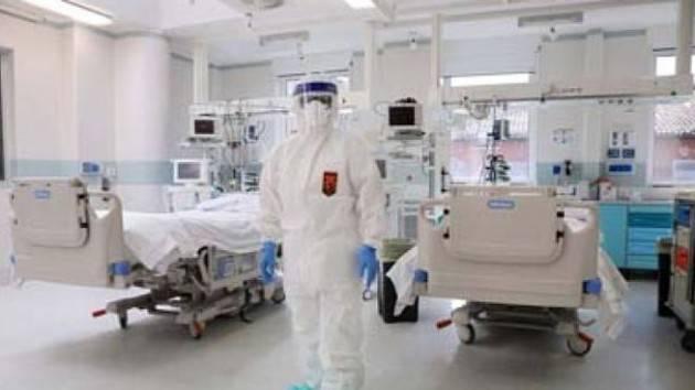Posti in terapia intensiva saliti da 5.400 a 8.000