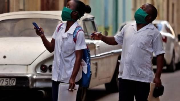 In arrivo 52 medici da Cuba e Russia