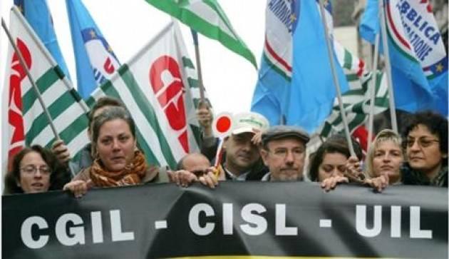 #LottaCoronavirus Troppe fabbriche aperte  scattano i primi scioperi Mercoledì 25 stop dei metalmeccanici in Lombardia