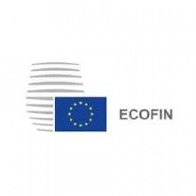 L'Ecofin sospende il patto di stabilità.