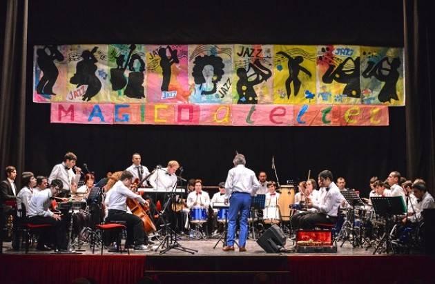 """""""MagicoRinascimento"""": un videoclip musicale per rinascere. L'orchestra MagicaMusica sfida il Coronavirus"""