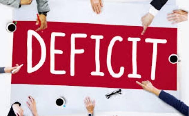 L'Italia rischia deficit al 10%