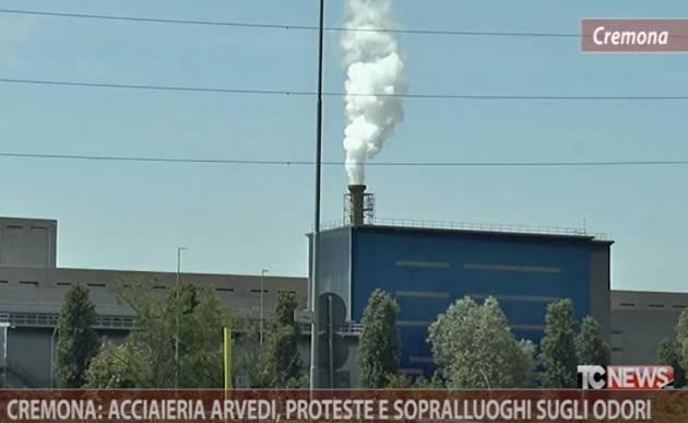 Cremona: acciaieria Arvedi, proteste e sopralluoghi sugli odori| Paolo Zignani (video)