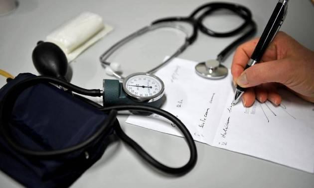 II test sierologico positivo non basta per avere certificato di malattia