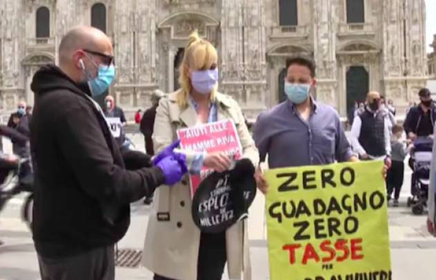 Ristoratori e tassisti protestano a Milano
