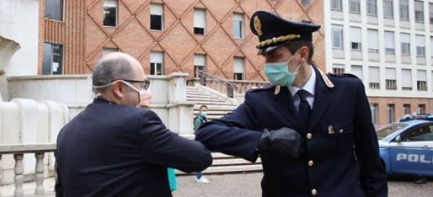Brescia: la solidarietà dei poliziotti per gli Spedali Civili