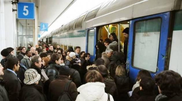 CODACONS CREMONA: IN ARRIVO L'APP DI TRENORD PER MONITORARE L'AFFLUENZA DEI VIAGGIATORI. SI SPERA...
