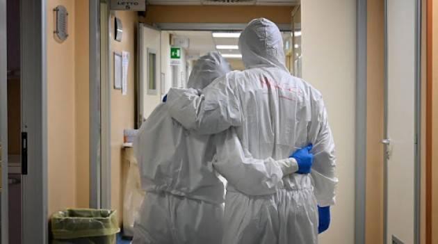 LNews-CORONAVIRUS, PRESIDENTE FONTANA: DAL PROSSIMO MESE 'BONUS' IN BUSTA PAGA PER MEDICI, INFERMIERI E OPERATORI SANITARI