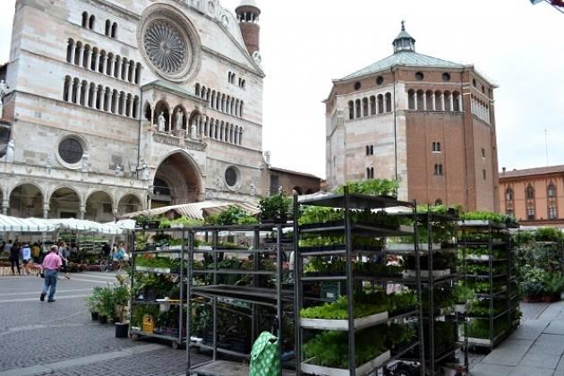 Da sabato 23 maggio riapre al completo, in via sperimentale, il mercato di Cremona