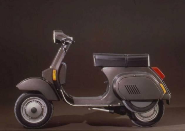 Vespa PK Automatica: il primo modello ''senza marce''