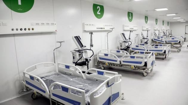 Fontana: ''Sull'ospedale in Fiera inchieste e polemiche indicibili''