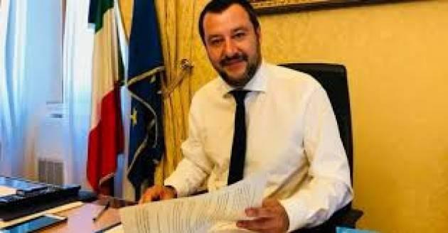 Caos Procure, attacchi a Salvini