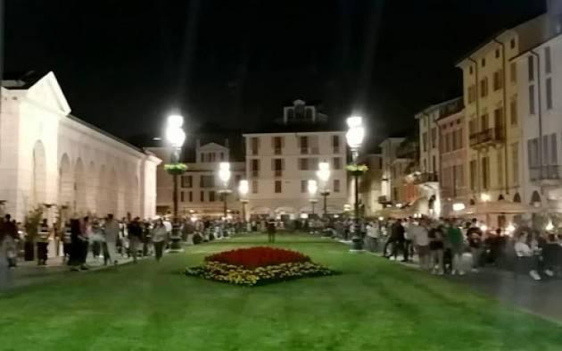 Brescia, i gestori del locali propongono lo stop al take away delle bevande