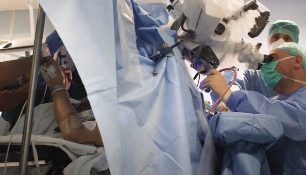 ASST Ospedale di Cremona DOPO L'EMERGENZA COVID, LUNEDI' SCORSO IL PRIMO INTERVENTO DI CHIRURGIA DA SVEGLIO (Video)