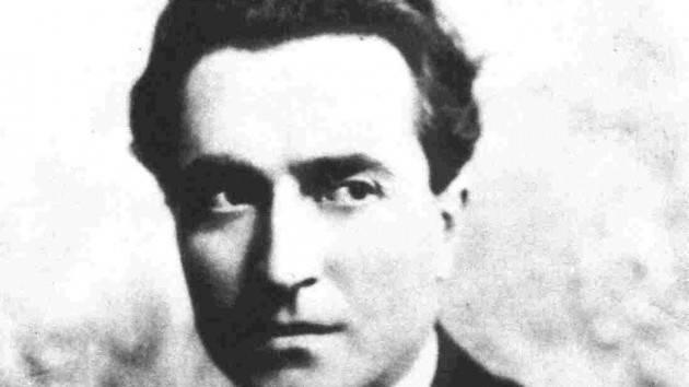 Vincenzo Montuori (Cremona)  presenta  il poeta Clemente Rebora