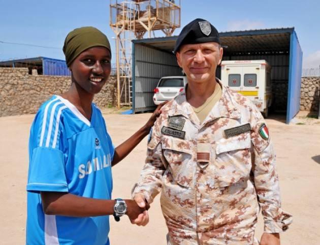 IL CONTINGENTE ITALIANO A SOSTEGNO DELLA POPOLAZIONE IN SOMALIA
