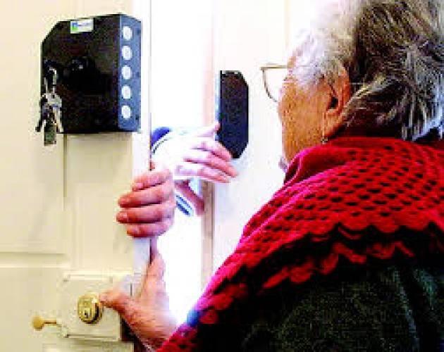 Truffe agli anziani: attenzione ai tanti stratagemmi dei criminali
