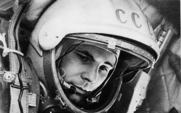 Cremona Vincenzo Montuori presenta la poesia 'Preludi siderali' dedicata al russo Yuri Gagarin