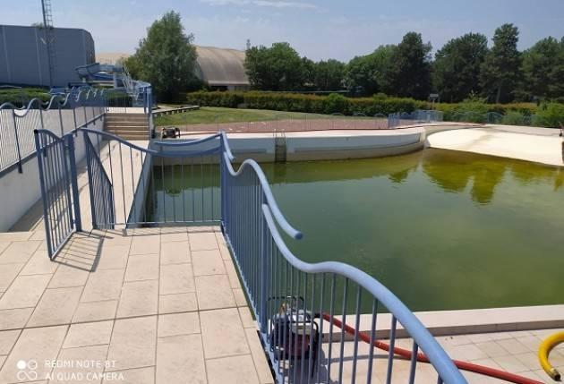 Crema Protezione civile che svuota le vasche della piscina: siamo ai confini con l'assurdo | La Sinistra