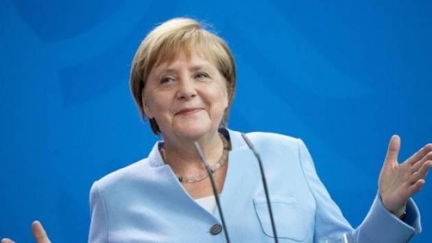Cosa ha in mente Angela Merkel per salvare l'Unione europea