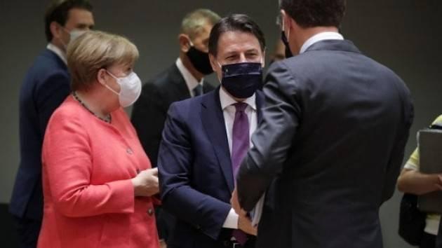 Un Consiglio europeo infinito tra negoziati complicatissimi, veti e musi duri