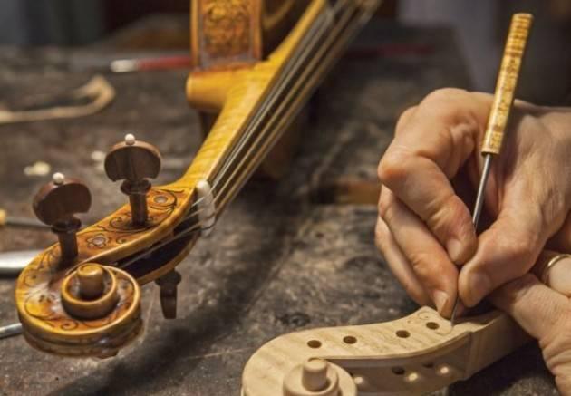 BILANCIO, PILONI (PD): 'NIENTE RISORSE PER LE IMPRESE DEGLI STRUMENTI MUSICALI'