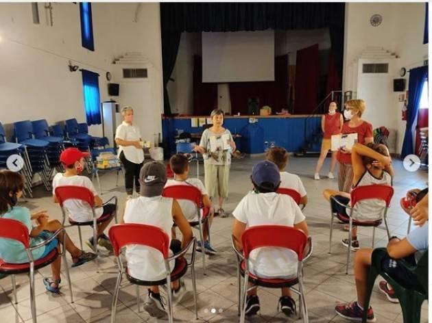 Piadena AmiciDiEmmaus incontrano i ragazzi del Centro Estivo