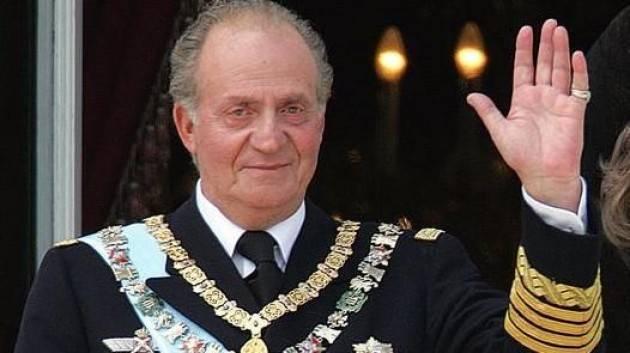 Re Juan Carlos: ''Lascio la Spagna'', è indagato per evasione fiscale
