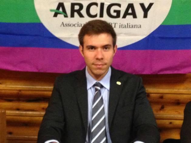 Gabriele Piazzoni (Crema): solidarietà al ragazzo italiano arrestato a  Varsavia mentre protestava per scarcerazione attivista LGBT Margot Szutowic.