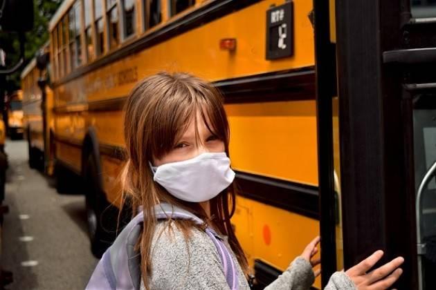 Scuola e Covid: in Lombardia 375.000 alunni cambieranno mezzo di trasporto